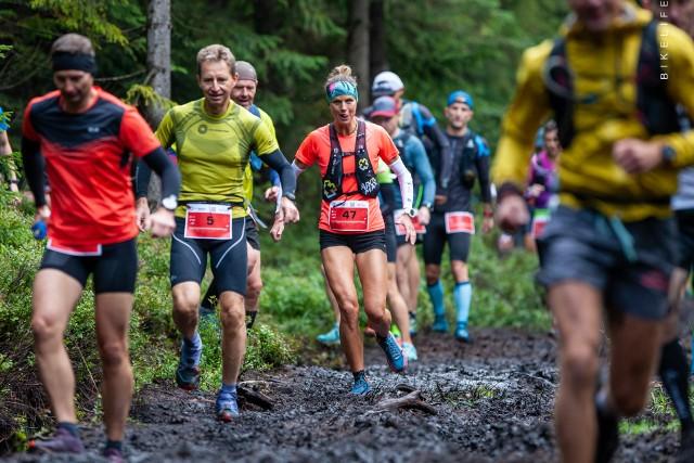 LETNI BIEG PIASTÓW 2021 (ZDJĘCIA, WYNIKI). Na pięknych trasach Gór Izerskich w Szklarskiej Porębie w sobotę i niedzielę (28 i 29 sierpnia) rozegrany został 9. Letni Bieg Piastów w biegach górskich i nordic walking.