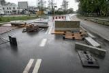 """Kraków. Absurd trwa! Od ponad roku remontują 750 metrów drogi! """"Trzeba ciągle szukać lepszych rozwiązań"""""""