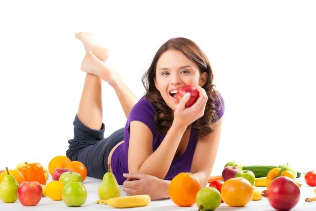 Oczyszczanie wpływa pozytywnie na nasz organizm. Dzięki temu stajemy się zdrowsi, pełni energii. Wystarczy dobra dieta.