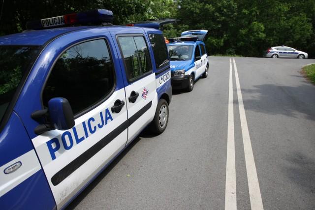 Policjanci zatrzymali pijanego kierowcę.
