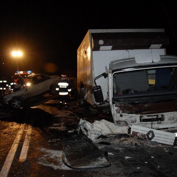 Kierowca furgonu, z którym zderzyło się audi przyżył wypadek