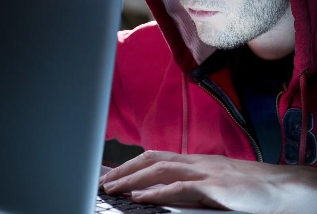 Od początku pandemii liczba cyberataków wzrosła. Nasze dane są też bardziej zagrożone.