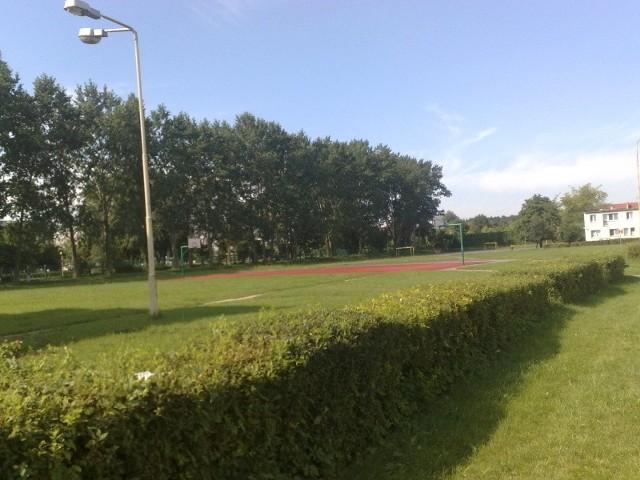 Tutaj ma powstać boisko do piłki nożnej i wielofunkcyjne.