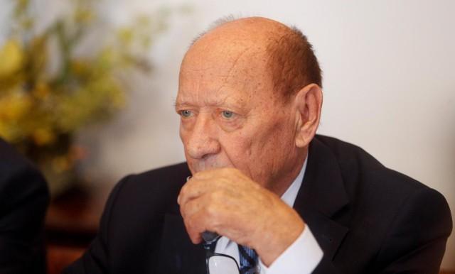 Po spotkaniu z prezydentem Tadeuszem Ferencem dyrektor wydziału komunikacji złożyła rezygnację.