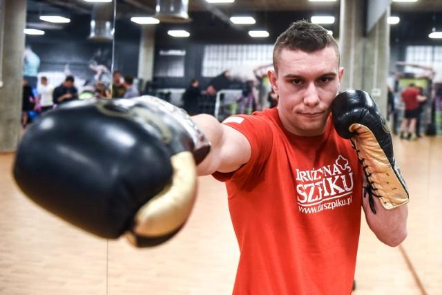 Damian Wrzesiński będzie faworytem sobotniego pojedynku z Meksykaninem Luisem Angelem Viedasem