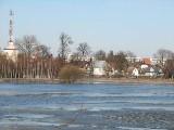 Zagrożenie powodzią rośnie. Podlaskie rzeki przekroczyły stan alarmowy.
