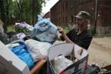 Podwyżka opłat za śmieci w 2021! Ile więcej zapłacimy za odbiór śmieci? Czteroosobowa rodzina nawet 500 zł więcej zapłaci za śmieci