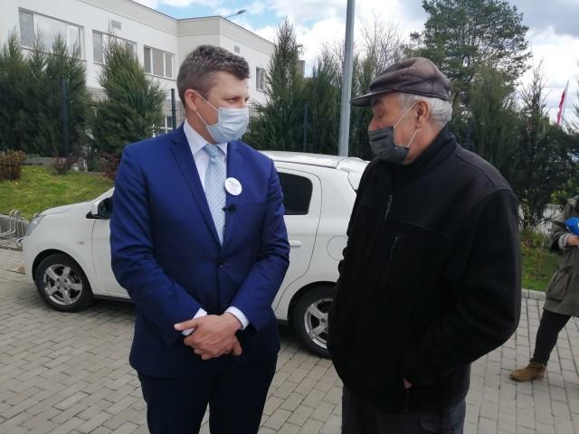 Dr hab. Marcin Warchoł zapowiada inwestycje w sport, rekreację, komunikację i straż pożarną.
