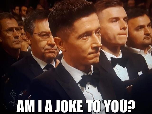 Leo Messi zdobył swoją szóstą Złotą Piłkę w karierze. Na podium znaleźli się jeszcze Virgil van Dijk i Cristiano Ronaldo. Robert Lewandowski - ku niezadowoleniu polskich kibiców - zajął dopiero ósme miejsce w plebiscycie. Nic dziwnego, że w sieci błyskawicznie pojawiło się mnóstwo memów na temat kompetencji całej kapituły.