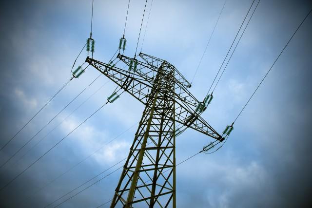 Brak prądu w województwie opolskim. Sprawdź, kiedy planowane są wyłączenia prądu w regonie. Gdzie nie będzie prądu?  >>>