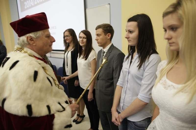 Naukę w WSB w Opolu rozpoczęło ponad tysiąc osób.