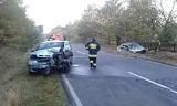 Poważny wypadek w Niwiskach pod Zieloną Górą. Nieprzytomna osoba trafiła do szpitala [ZDJĘCIA]