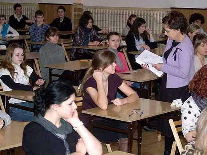 Dzisiaj maturzyści zdawali matematykę. Wczoraj był język polski.