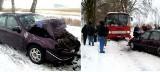 Czołowe zderzenie szkolnego autobusu z oplem. Kierowca vectry jechał na letnich oponach