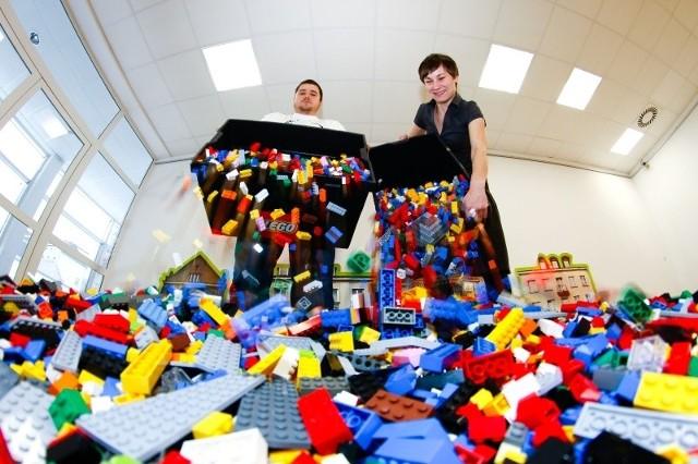 Centrum im. Ludwika Zamenhofa od 26 stycznia aż do 15 lutego do dyspozycji oddaje 30 tysięcy kolorowych klocków Lego