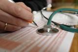 Milion zwolnień lekarskich za ubiegły rok. COVID-19 nie był główną przyczyną