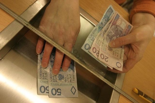 Osoby, które decydują się na kredyt w obcej walucie, powinny być świadome ryzyka, z jakim się on wiąże.