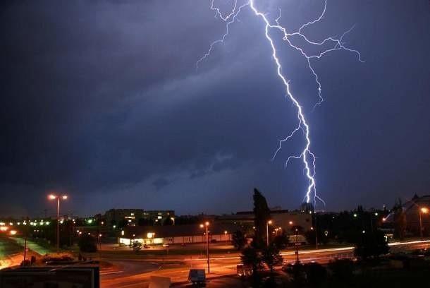 Burza nad Opolem. Zdjęcie internauty ułana.
