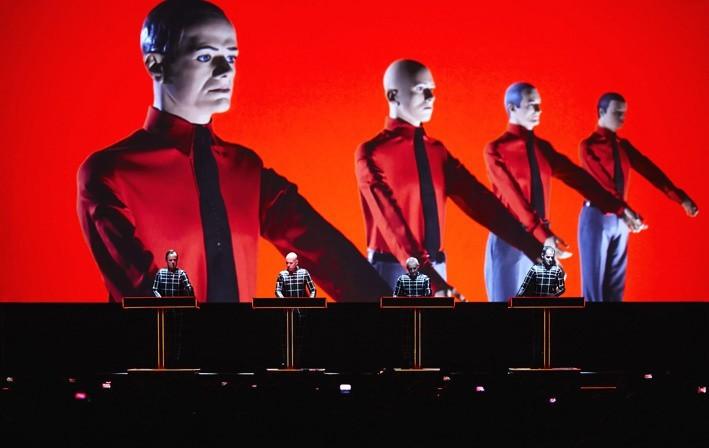 Zespół Kraftwerk wystąpi w lipcu w Operze Leśnej