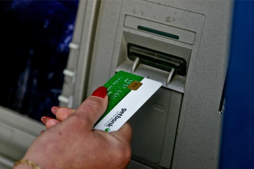 Bank nie musi nas informować o zajęciu pieniędzy....