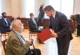 Nagrody prezydenta Katowic. Laureatami: prof. Antoni Cygan, Robert Talarczyk, Stefan Łebek i Adam Wesołowski