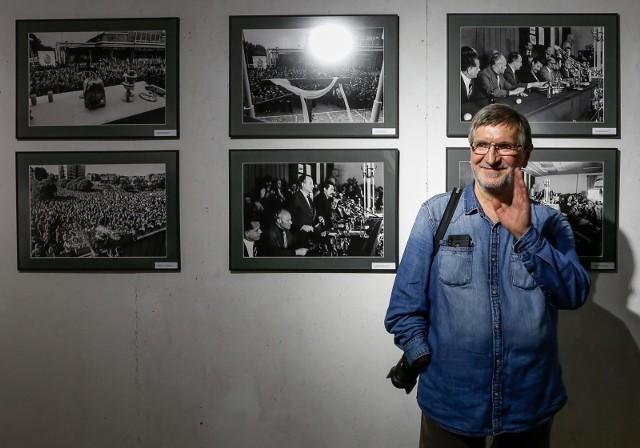 """Wernisaż wystawy fotografii Stanisława Sładanowskiego """"Sierpień 80 – 40 lat minęło"""" 21.08.2020"""