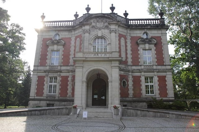 Salon Śląski w Pałacu Kawalera w Świerklańcu. Rozpoczyna się cykl wydarzeń artystycznych