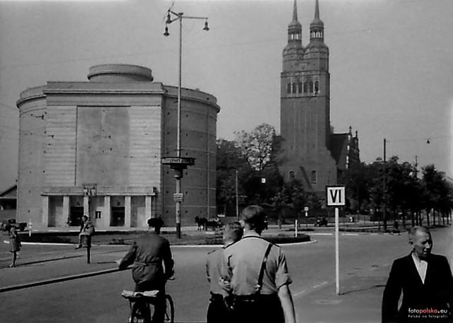 1942 schron p-lotn., kościół i breslauerzy.