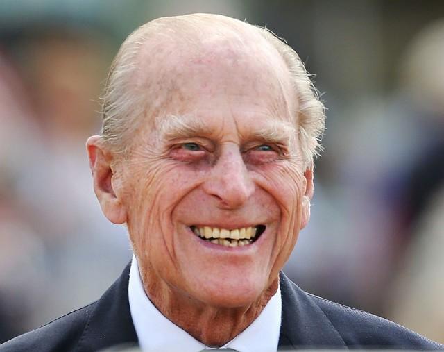 """Buntownik, który nie zapomniał o realiach rzeczywistości. Jak serial """"The Crown"""" przedstawia księcia Filipa?"""