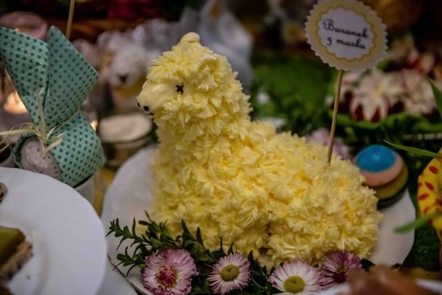 Życzenia na Wielkanoc 2021. Oto najlepsze życzenia dla rodziny, przyjaciół i znajomych z pracy