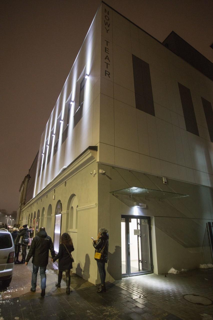 Pierwszy spektakl na żywo w nowej siedzibie. Nowy Teatr gra już na Lutosławskiego. Zobacz zdjęcia