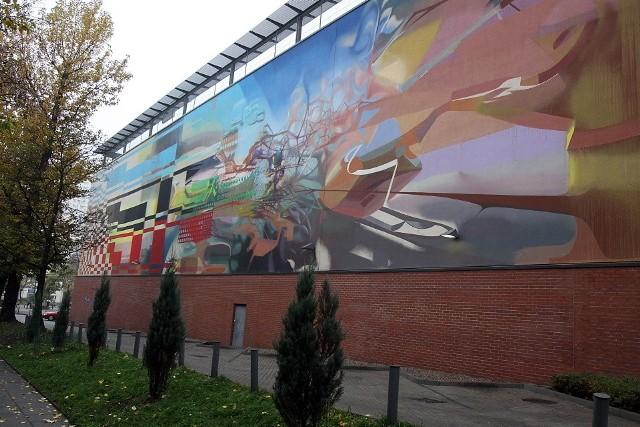 Tak wygląda mural na ścianie Galerii Łódzkiej