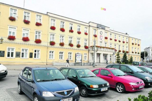 Zgierski magistrat czeka kolejny już w tej kadencji przegląd stanowisk i zwolnienia urzędników.
