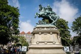 Jan III Sobieski wyraźnie odmłodniał. Zakończyła się kompleksowa renowacja jednego z najstarszych pomników w Gdańsku [ZDJECIA]
