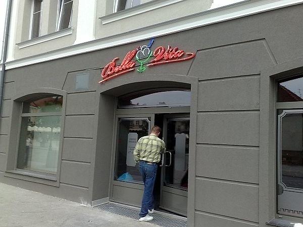 Lody zastąpiły sklep z młodzieżową odzieżą
