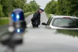 Sondaż: Polacy chcą wyższych mandatów dla kierowców