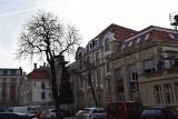 Katowice: stary dworzec z nowym dachem, hala zegarowa oczyszczona ZDJĘCIA