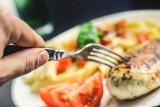 """Te """"odchudzające"""" produkty nie działają zdaniem dietetyków. Mogą nawet powodować tycie! [lista]"""