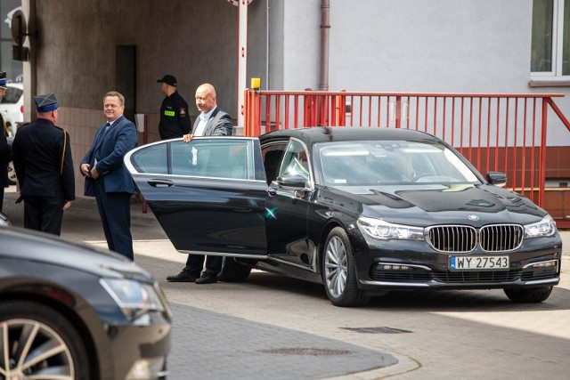 5 sierpnia Jarosław Zieliński uczestniczył w uroczystości powołania nowego Komendanta Wojewódzkiego PSP w Białymstoku. Poseł na spotkanie przybył limuzyną i funkcjonariuszem SOP.