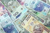 61 proc. dostępnych banknotów to 100-złotówki. Można byłoby za nie kupić 400 tys. mieszkań w Warszawie lub wybudować 2,5-3 tys. km autostrad