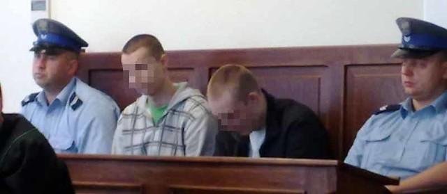 Oskarżeni o włamania do kościołów stanęli w czwartek przed białostockim sądem.