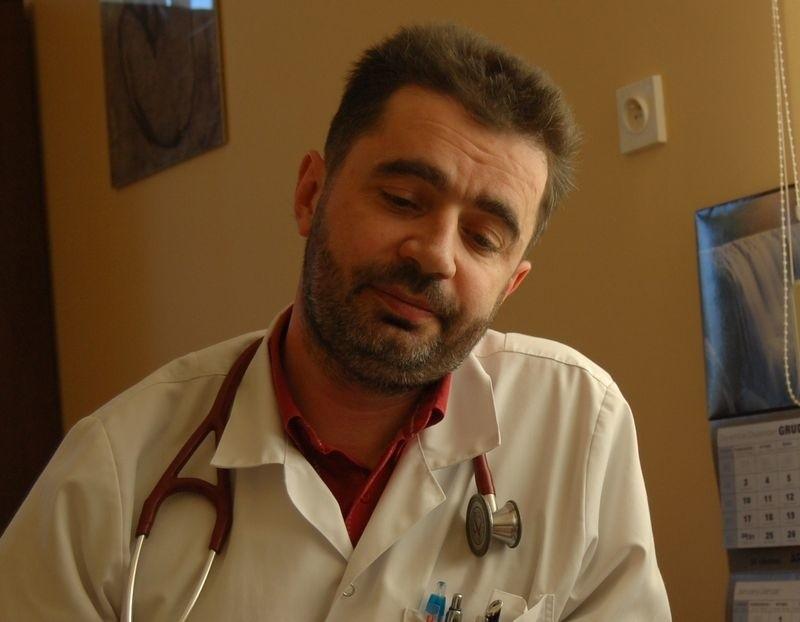Paweł Haraziński, ordynator oddziału wewnętrznego, rezygnuje z pracy w miasteckiej lecznicy.