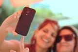 Po co ludzie robią sobie selfie? Narcyzm i przekraczanie granic