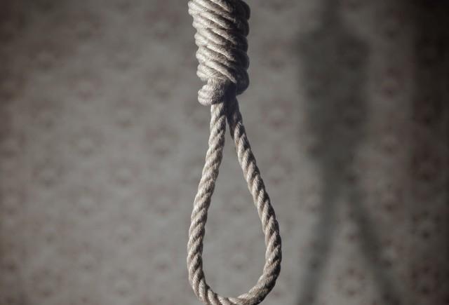 W opolskim więzieniu nie było tzw. oddziału Z, czyli specjalnego pomieszczenia do straceń. Mundek został powieszony w piwnicy we wrześniu 1959 roku.