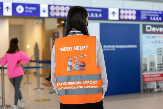 Lotnisko w Jasionce chce być przyjazne dla rodzin podróżujących z dziećmi