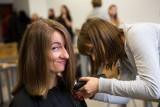 Jak się ostrzyc w czasach zarazy. Podziemie fryzjerskie czy maszynka? Panie: lepszy koronawirus niż odrosty. Panowie: na drwala czy rekruta?