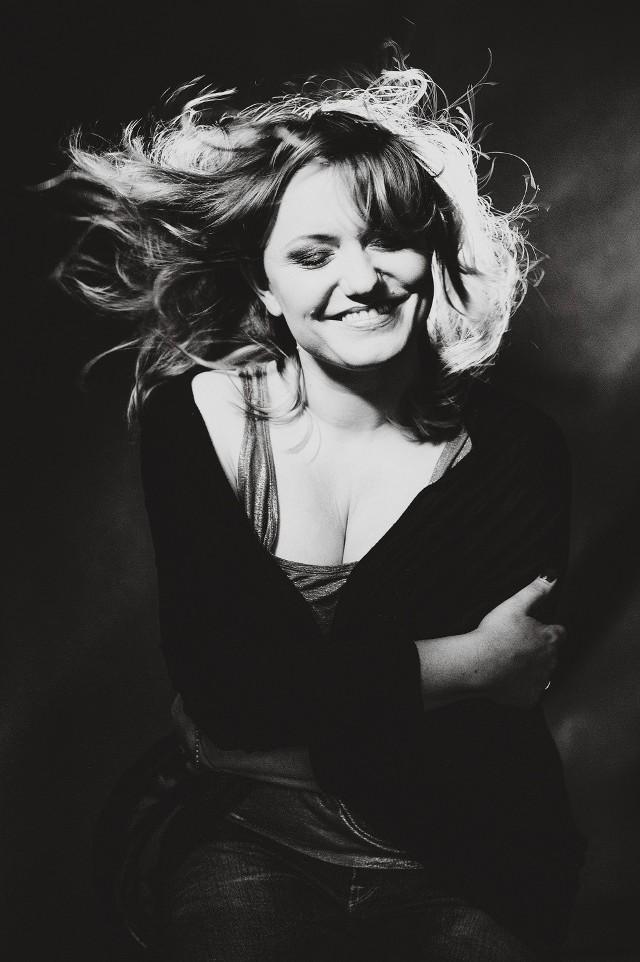 Premierę pierwszej płyty Kasi Rościńskiej zaplanowano na 13 maja. Jak mówi piosenkarka, to jej muzyczny pamiętnik z 17 lat