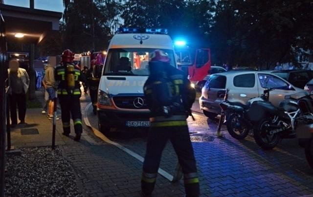 Wybuch w bloku w Tychach: Kobieta w powaznym stanie trafiła do oparzeniówki w Siemianowicach Śląskich
