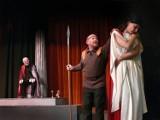 """""""Antygona"""" w Teatrze Kameralnym: Poprawnie zrobiona lektura (RECENZJA)"""