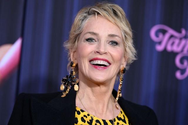"""Sharon Stone podczas premiery filmu """"Oczy Tammy Faye"""" w 2021 r. w Nowym Jorku"""